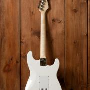 Guitare gaucher custom L'accord du bois Luthier